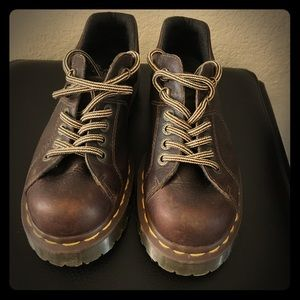 Doc Dr. Martens Brown Leather Laceup Boot 6